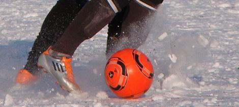 Testspiel im Schnee: SV Gesees - SpVgg